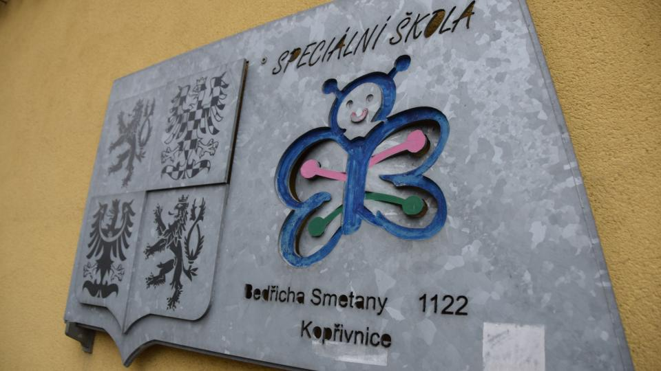 Budova Základní a Mateřské školy Motýlek v Kopřivnici