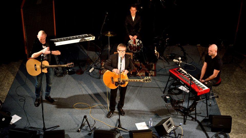 Koncert Miroslava Žbirky s kapelou ve studiovém sále Českého rozhlasu České Budějovice