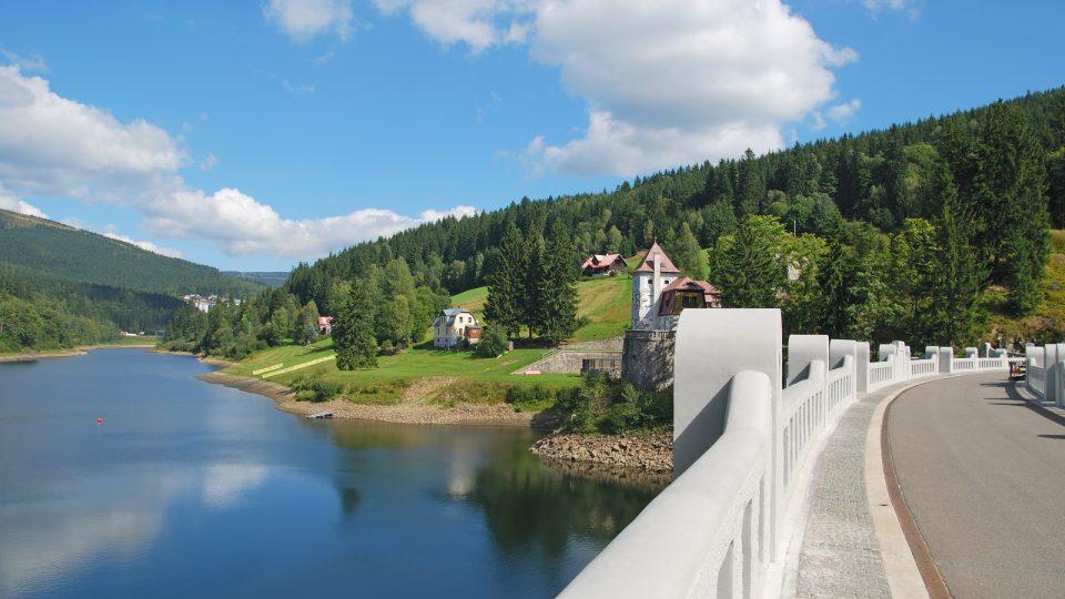 Labská přehrada Špindlerův Mlýn