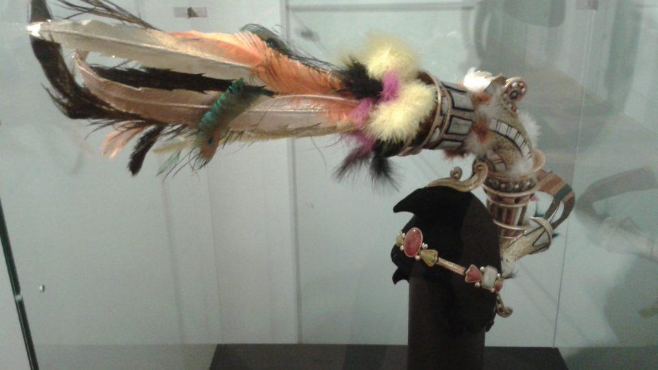 Výstava je zapůjčena z nejslavnější světové sbírky replik korunovačních klenotů firmy Juwelier Abeler v německém Wuppertalu