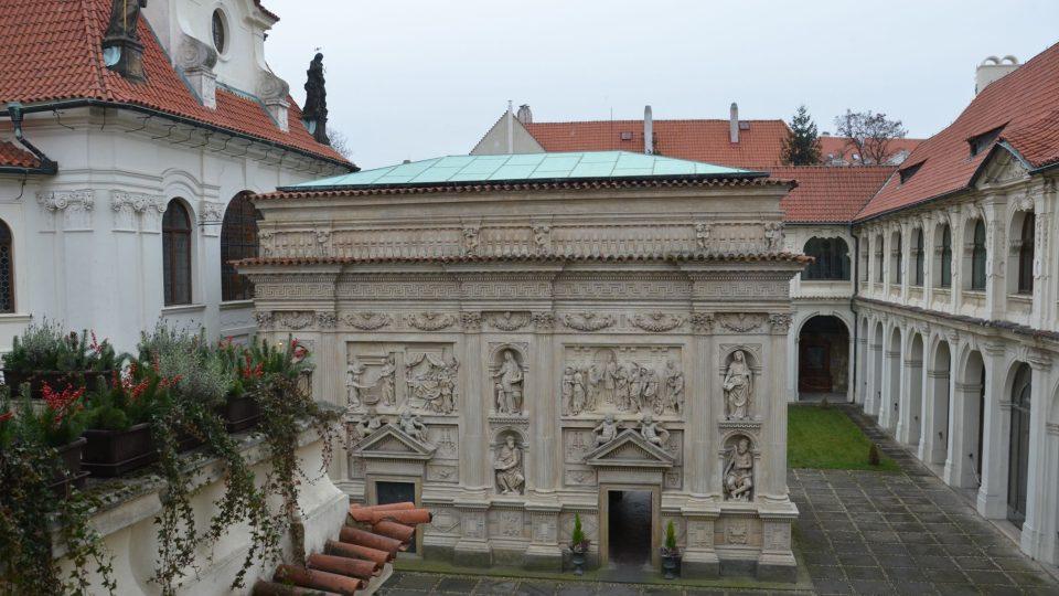 Historie Lorety se začala psát položením základního kamene Svaté Chýše 3. června 1626