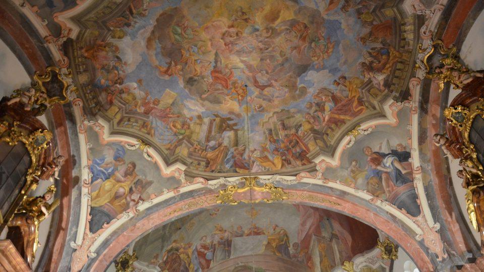 Strop kostela Narození Páně