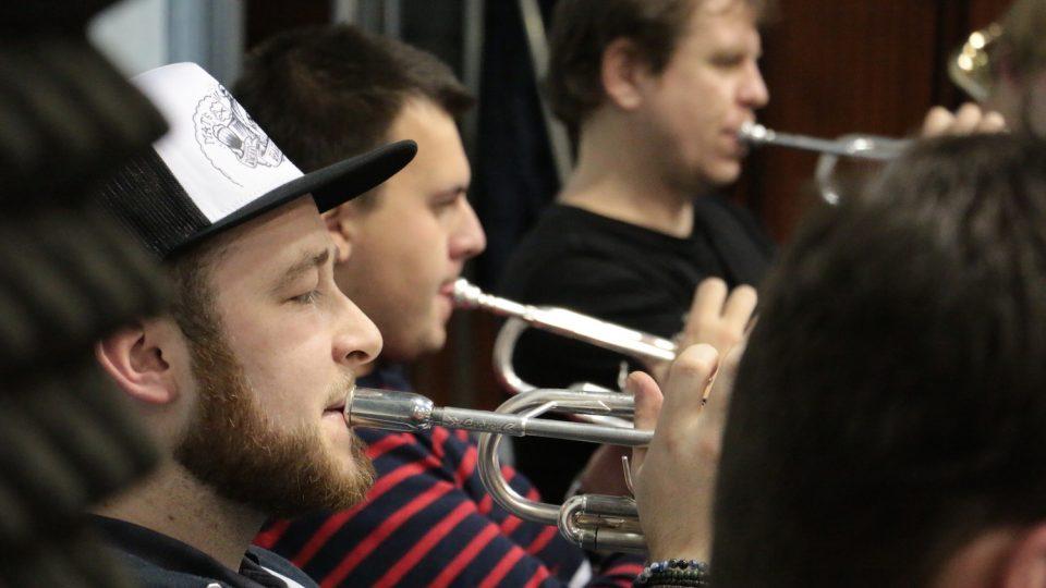 Dominic Pessl, Miroslav Nováček a Jan Přibil na zkoušce Concept Art Orchestra