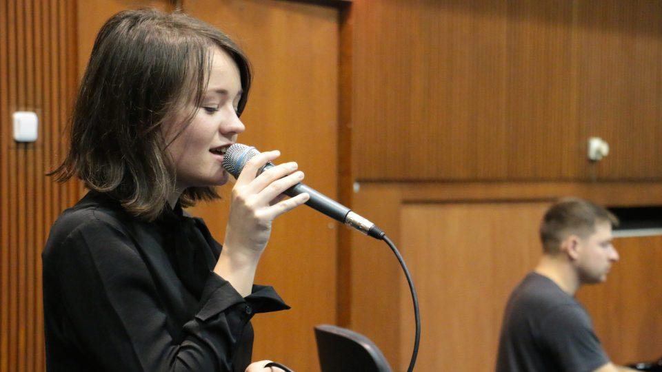 Marta Kloučková zpívá s Concept Art Orchestra