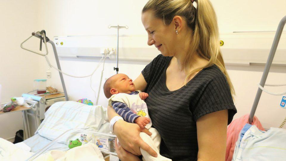 První miminko roku 2017 se v pardubické nemocnici narodilo 1. ledna ve 2:29 ráno