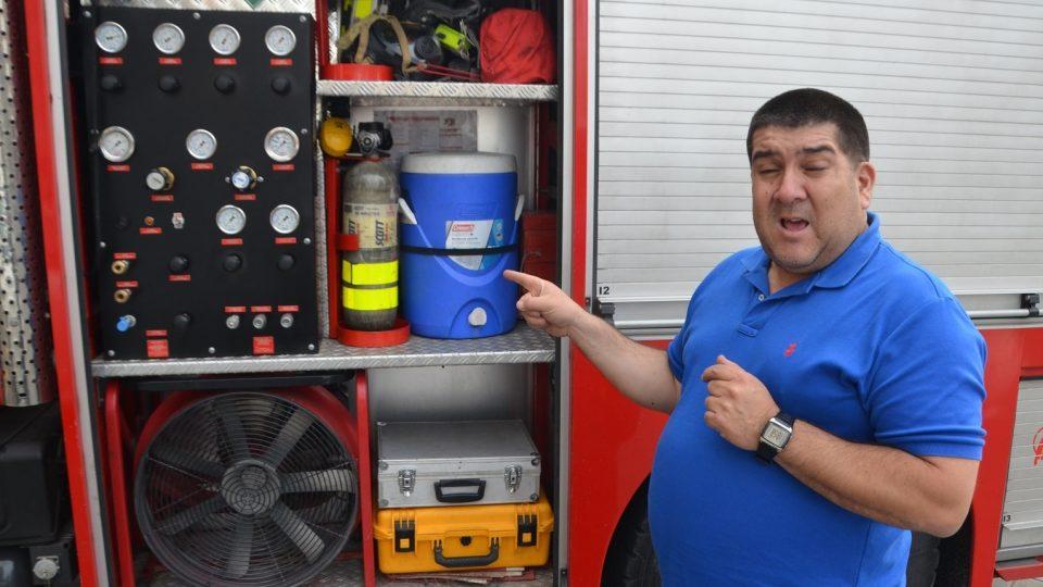 Na evropském hasičském autě má 1. sbor Americká stříkačka upravenou technologii. Po americku