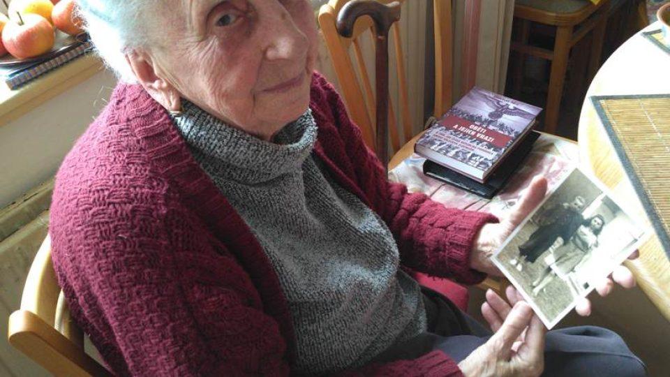Hana Faltusová vzpomíná na svého bratra Oldu, kterého viděla naposledy v Terezíně