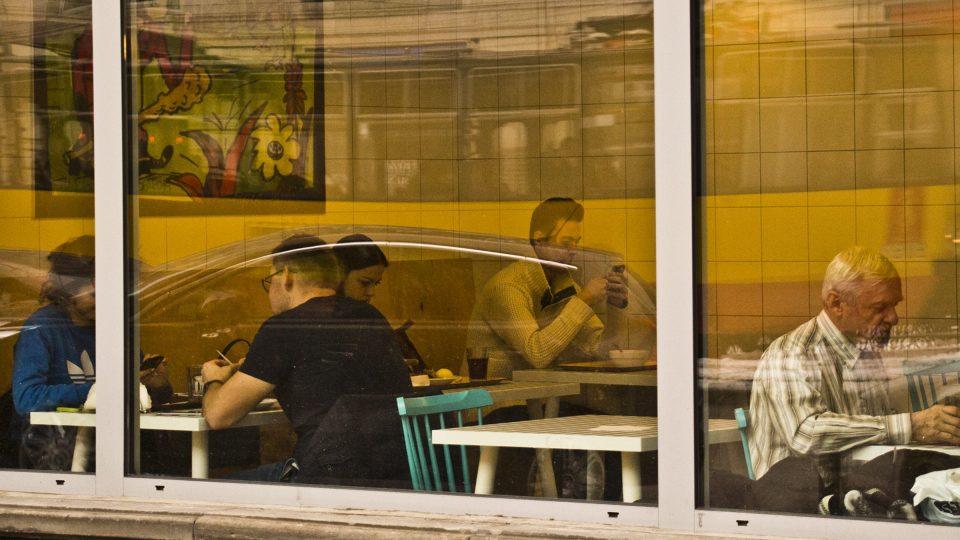 Jídlo v polských mléčných barech částečně dotuje radnice