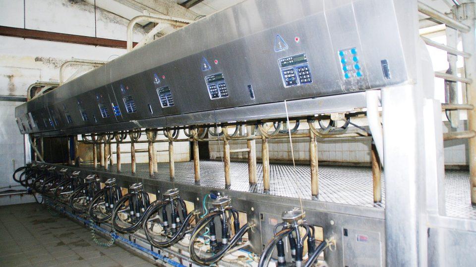 Dojírna je rovněž napojena na počítač sledující užitkovost jednotlivých krav