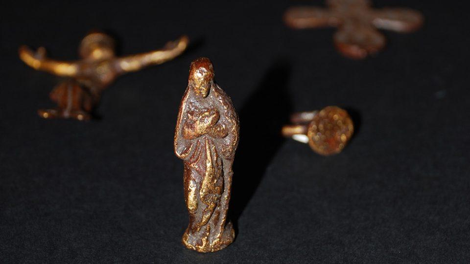 Zachovalé artefakty z podlažického kláštera