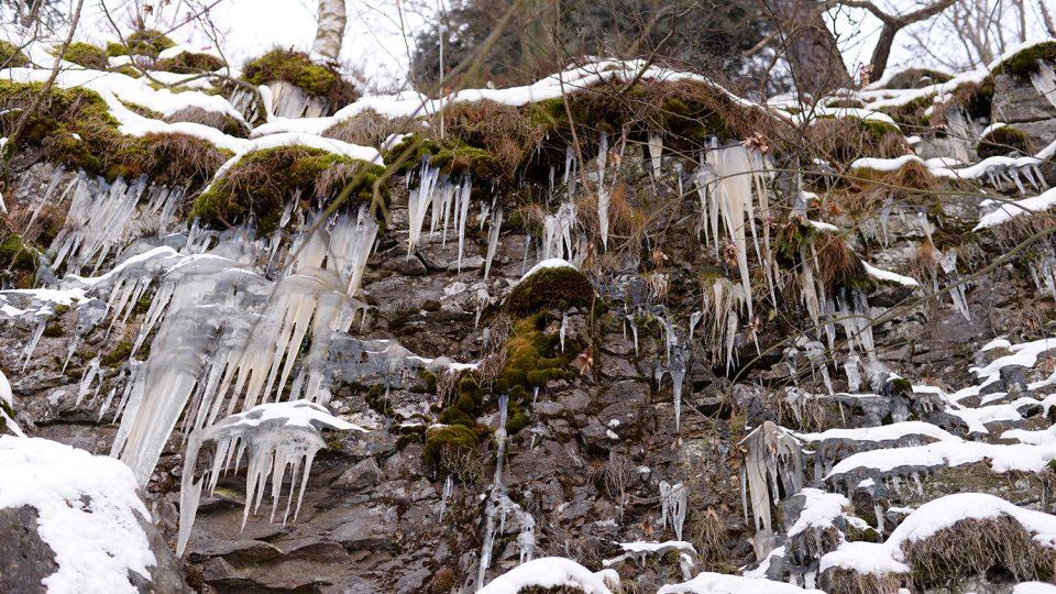 Ledopád u sečské přehrady