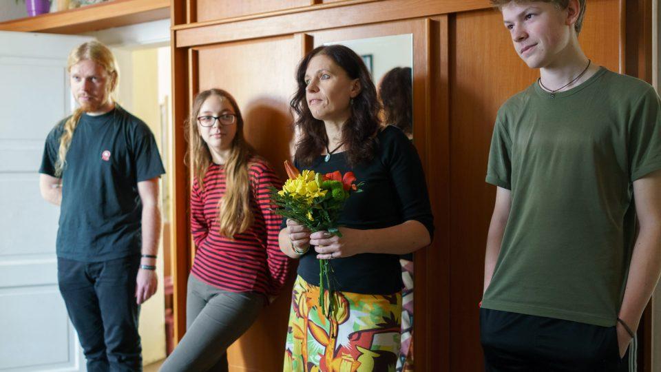 Simona Hradílková s rodinou