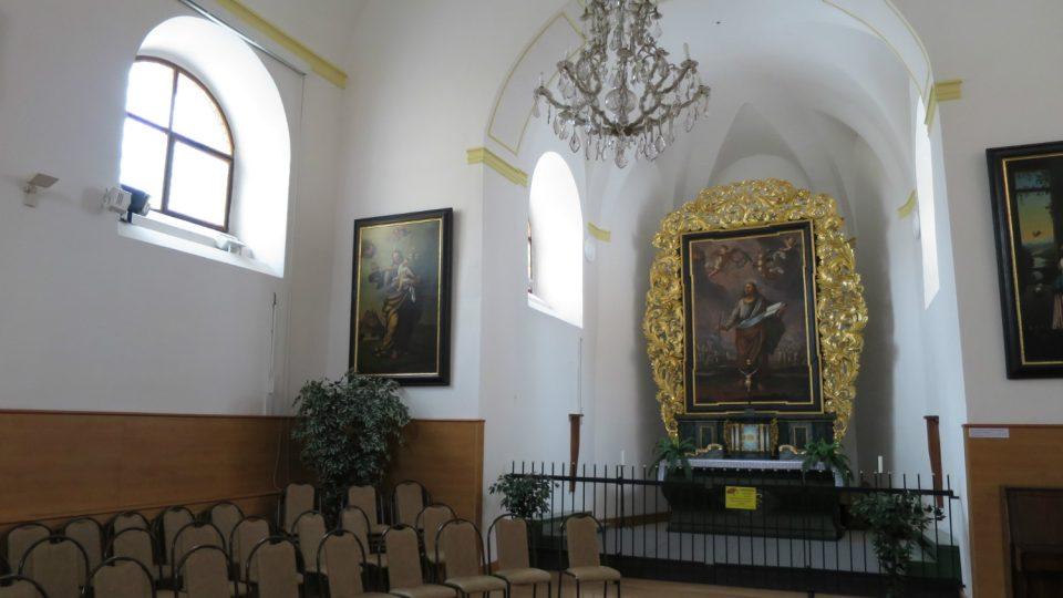 Kaple sv. Bartoloměje na zámku v Žampachu je veřejně přístupná