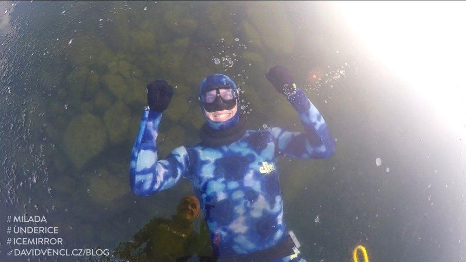 Zimní potápění na Miladě
