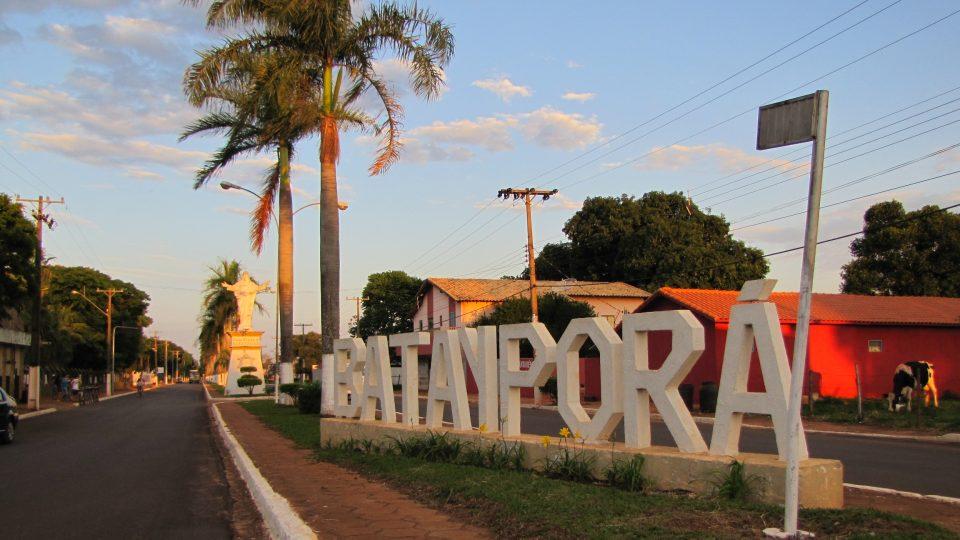 Příjezd do města Batayporã, které založil Jan Antonín Baťa v Brazílii