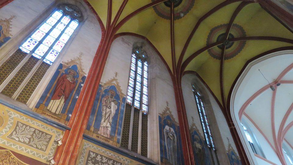 Klenba hlavní lodi kostela Nanebevzetí Panny Marie v Chrudimi