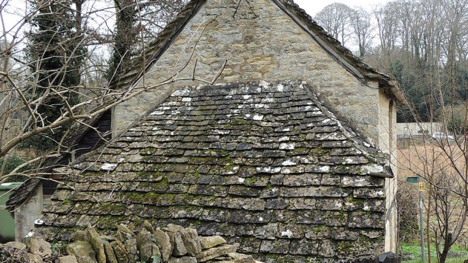 Detail domku Petera Maddoxe v Bilbury