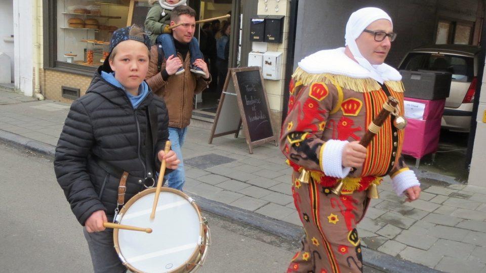 Bubnování je jedním z prostředků, jak symbolicky vyhnat zimu