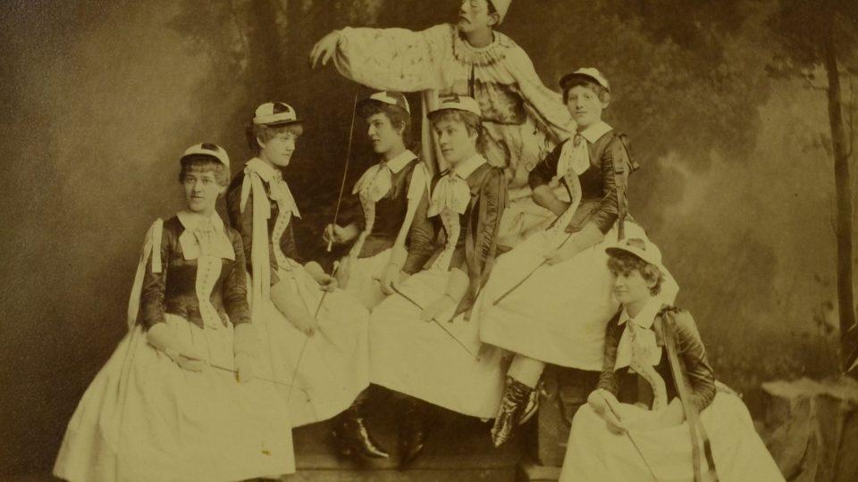 Šibřinky Sokola v roce 1885
