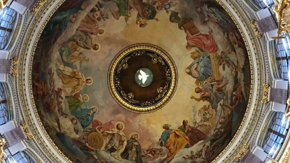 Kupole chrámu sv. Izáka v Petrohradu