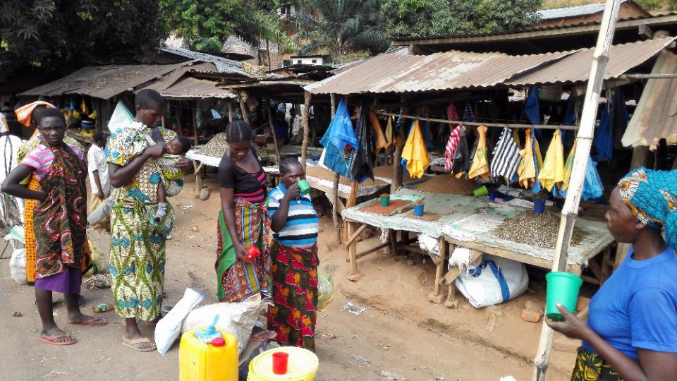 Dva roky prázdnin v Tanzanii - na trhu