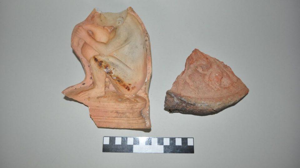 Archeolog trutnovského Muzea Podkrkonoší Ondřej Tůma - nejstarší dochovaná keramická památka na Trutnovsku z mladší doby bronzové