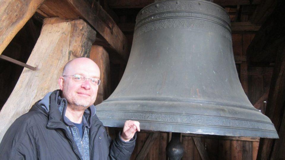 Jiří Hladík, ředitel muzea v Novém Městě nad Metují, by mohl být ve středověku zvoníkem
