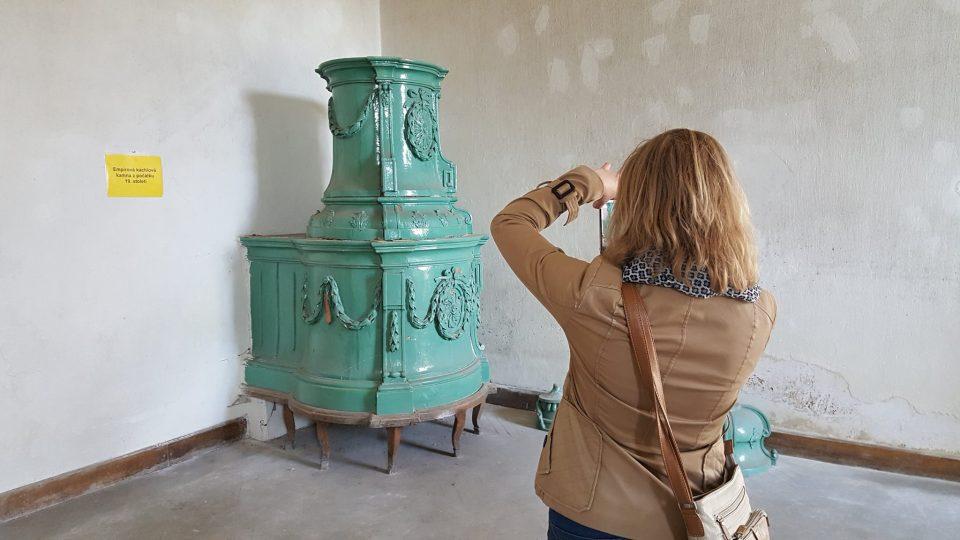 Běžně nepřístupný zámek v Nové Bystřici se na jeden den otevřel návštěvníkům. Památka v současnoti chátrá a je na prodej