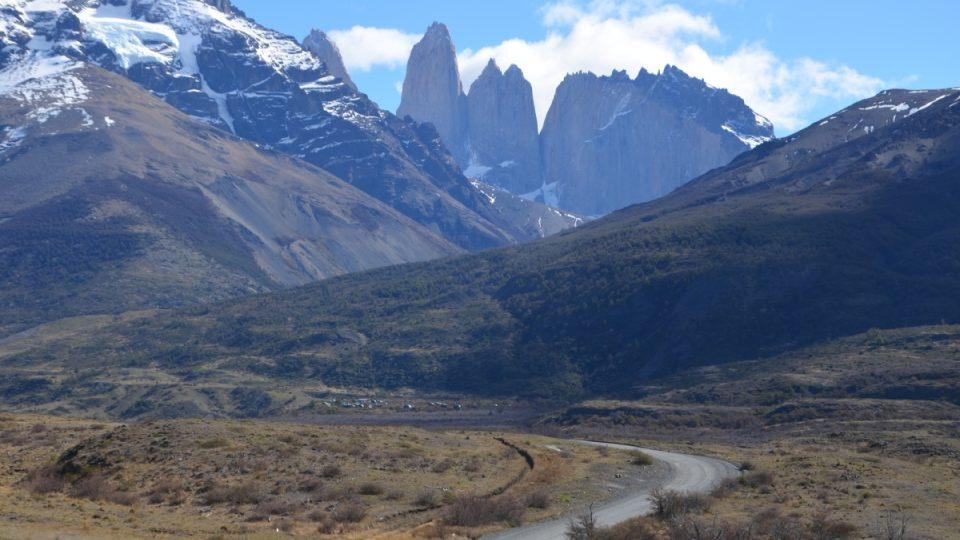 Krásné štíty parku Torres del Paine jsou symbolem celé oblasti