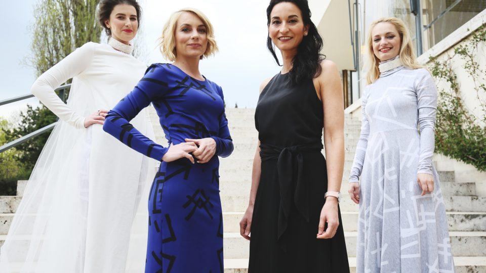 Never Sol, Ivana Veselková, Iva Jonášová a Katarína Máliková