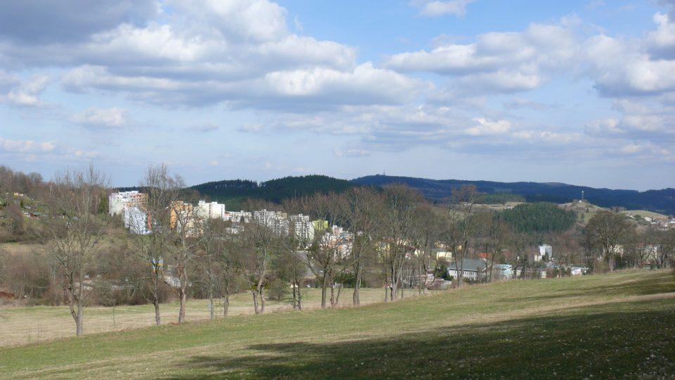 Výhled na Vimperk z vrcholu Kalvárie