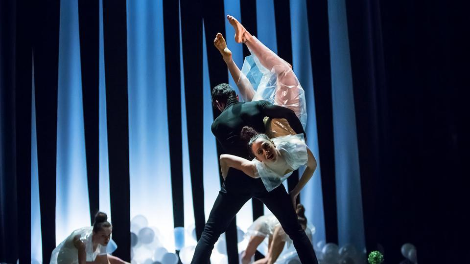Baletní večer Dekkadancers na jihu v Jihočeském divadle - choreografie Faunovo odpoledne