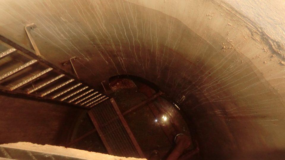 Pohled do původní studny