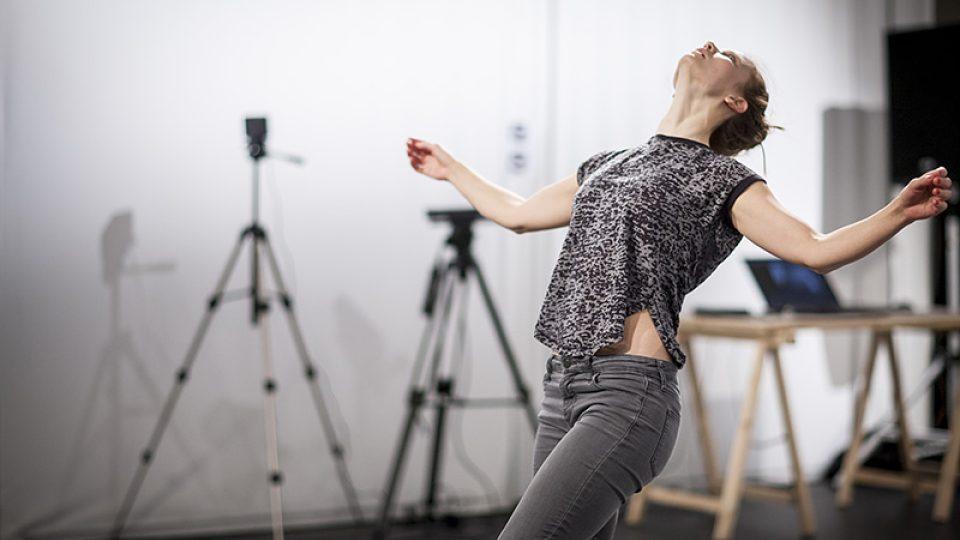 Volumetrické snímání tanečníků probíhalo na Institutu intermédií v Praze