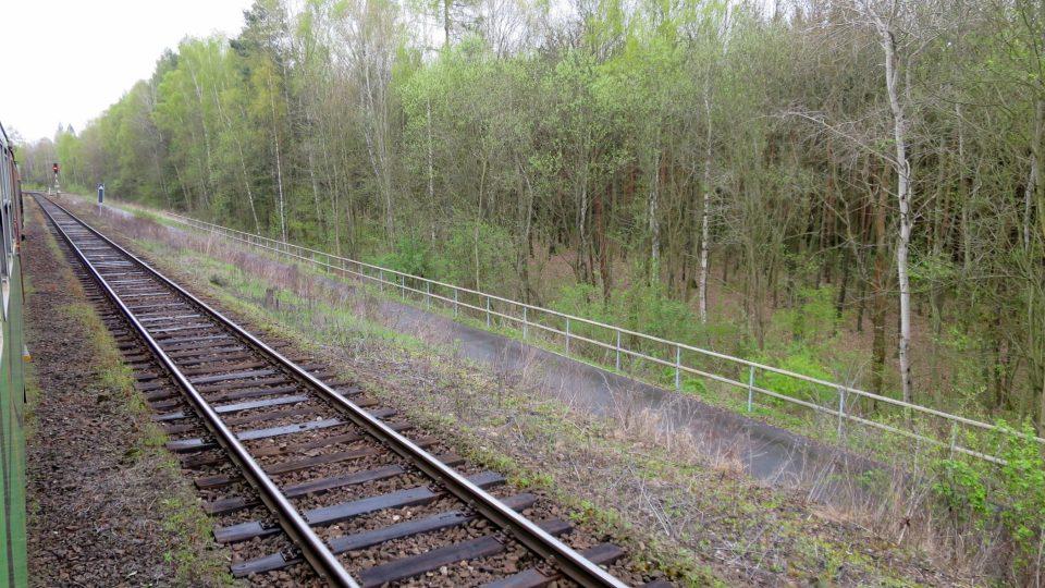 Buštěhradská dráha vede krásnou přírodou, vozilo se ale po ní pouze uhlí