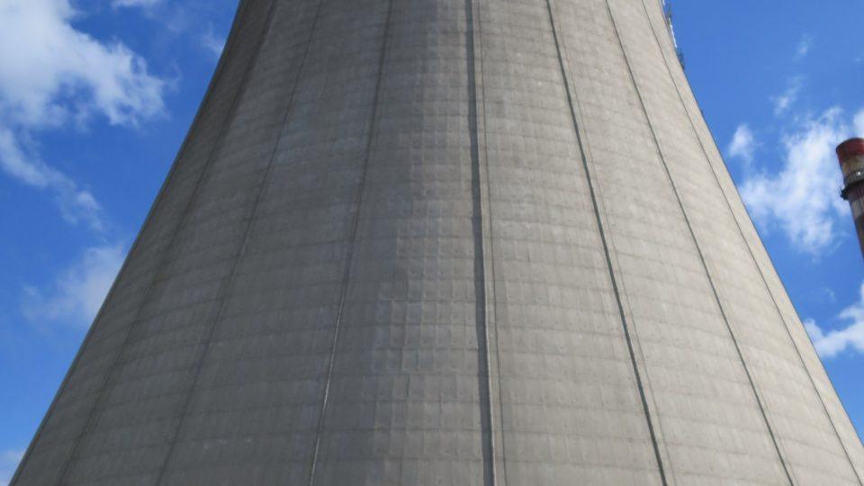Nové věže kladenské industriální zóny