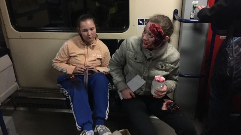 Hasiči, záchranáři i policisté v Královéhradeckém kraji zasahovali u simulované vlakové nehody