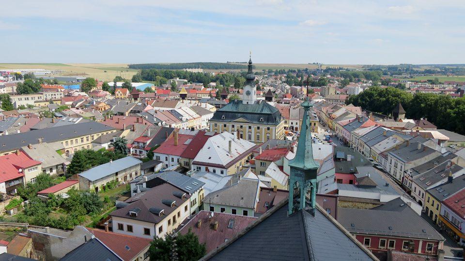Rodná světnička Bohuslava Martinů je ve výšce 36 metrů nad kostelním náměstím