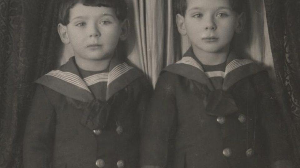 Richard a Viktor Zenkerovi byli odvlečeni transportem Akb z Českých Budějovic, zahynuli v roce 1942 v Raasiku