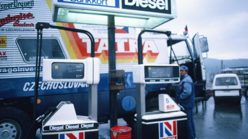 Tatra 815 GTC – tankování v Norsku