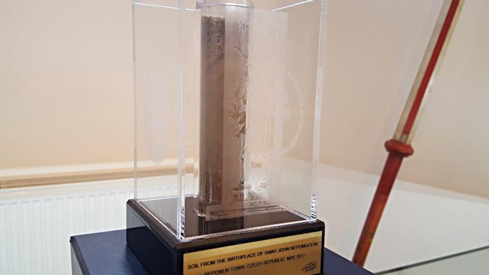 Neobvyklá relikvie je jen pár dnů k vidění ve Svatojánském muzeu v Nepomuku
