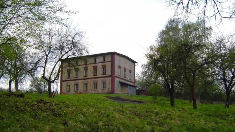 Herecký dům Viktorka. V Ratibořicích vzniklo první herecké muzeum v Čechách. Budova před rekonstrukcí