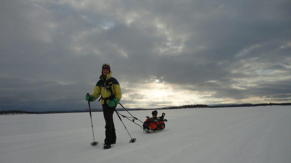 Peggy Marvanová a její přítel Adam Záviška jako první lidé na světě dokončila extrémní závod v Laponsku