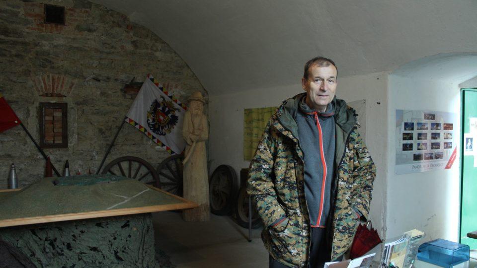 Jan Bednář v minimuzeu