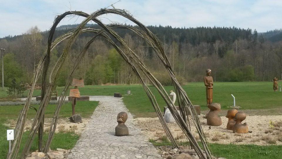 Vrbová brána otevírá vstup do areálu Cestujeme po Evropě