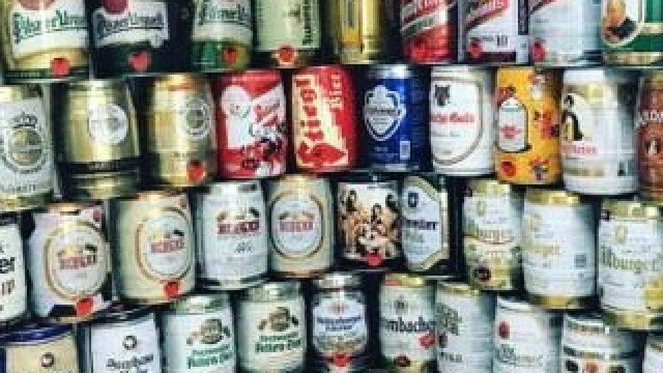 Plechovky od piva nejsou pro sběratele tak prostorově náročné
