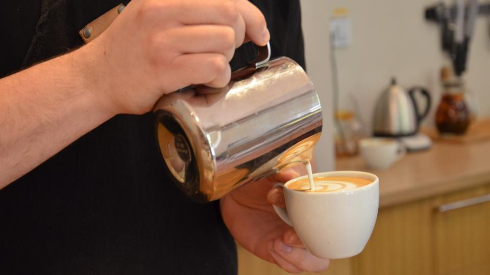Barista by měl umět odhadnout, komu která káva takříkajíc sedne