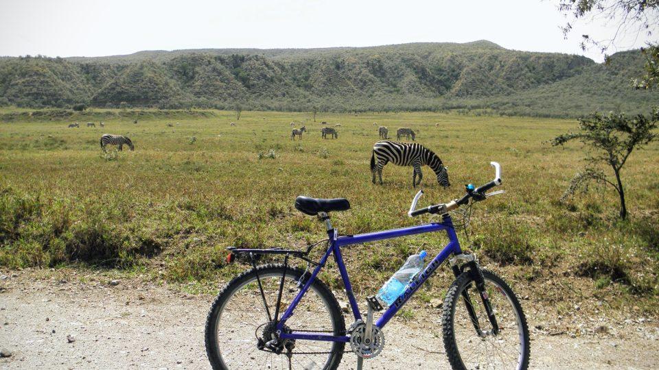 Politolog na kole mezi buvoly. Ervín Hausvater studoval v Keni