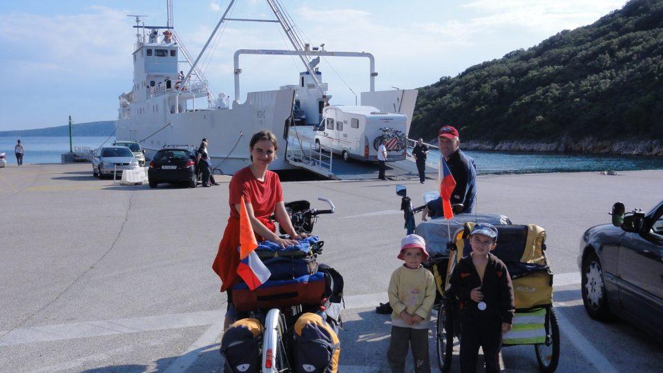 Rodina Zigáčkových cestuje na kole po Evropě (Chorvatsko)
