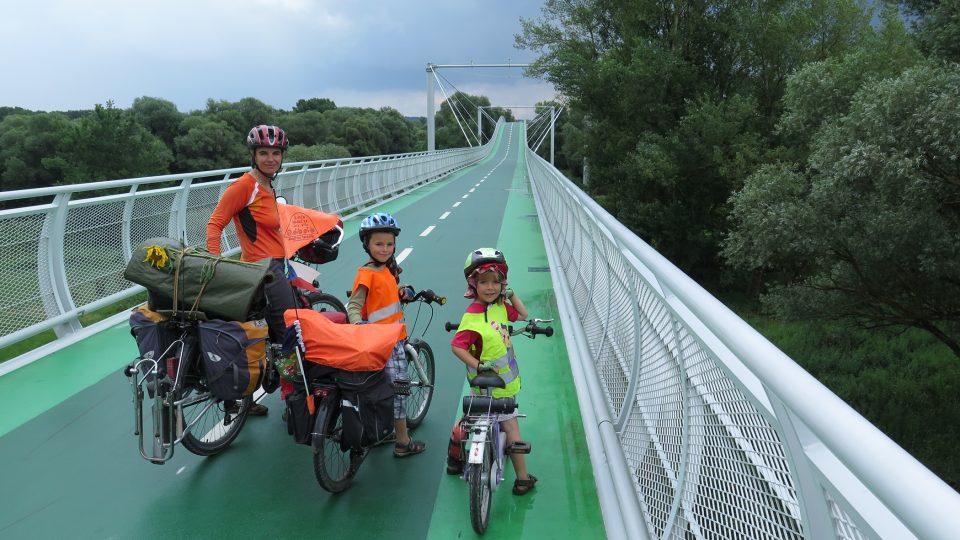 Rodina Zigáčkových cestuje na kole po Evropě (Francie)